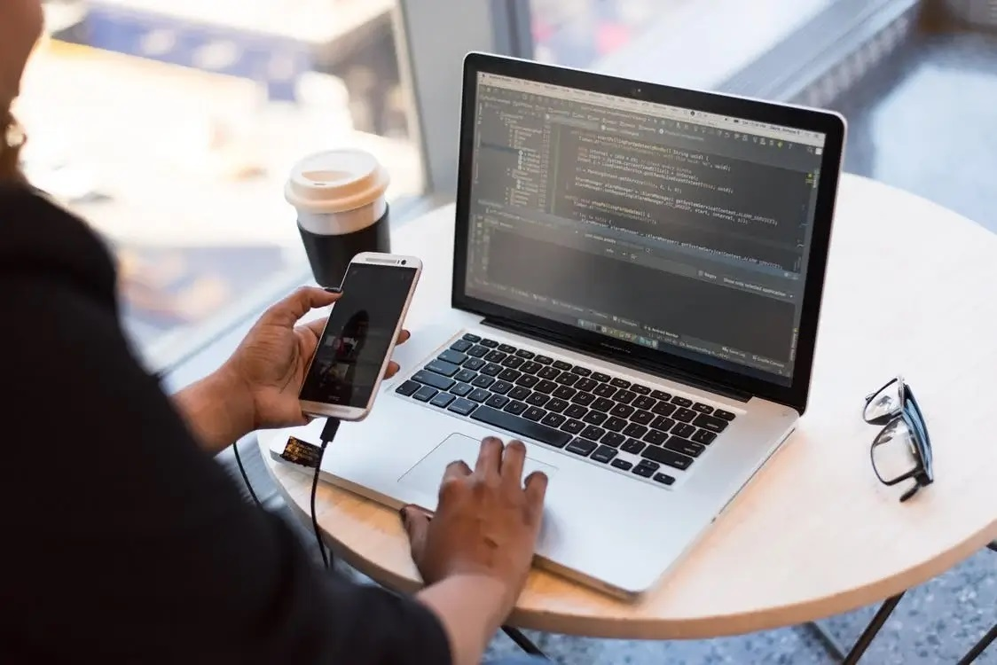What Is NodeJS and It's Benefits for Business Applications
